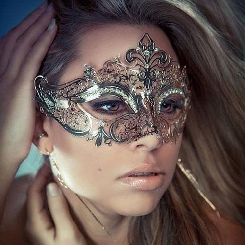 MN01 – Mặt nạ nữ hoàng bóng đêm